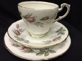 Paragon china 'BRIDAL ROSE' tea trio
